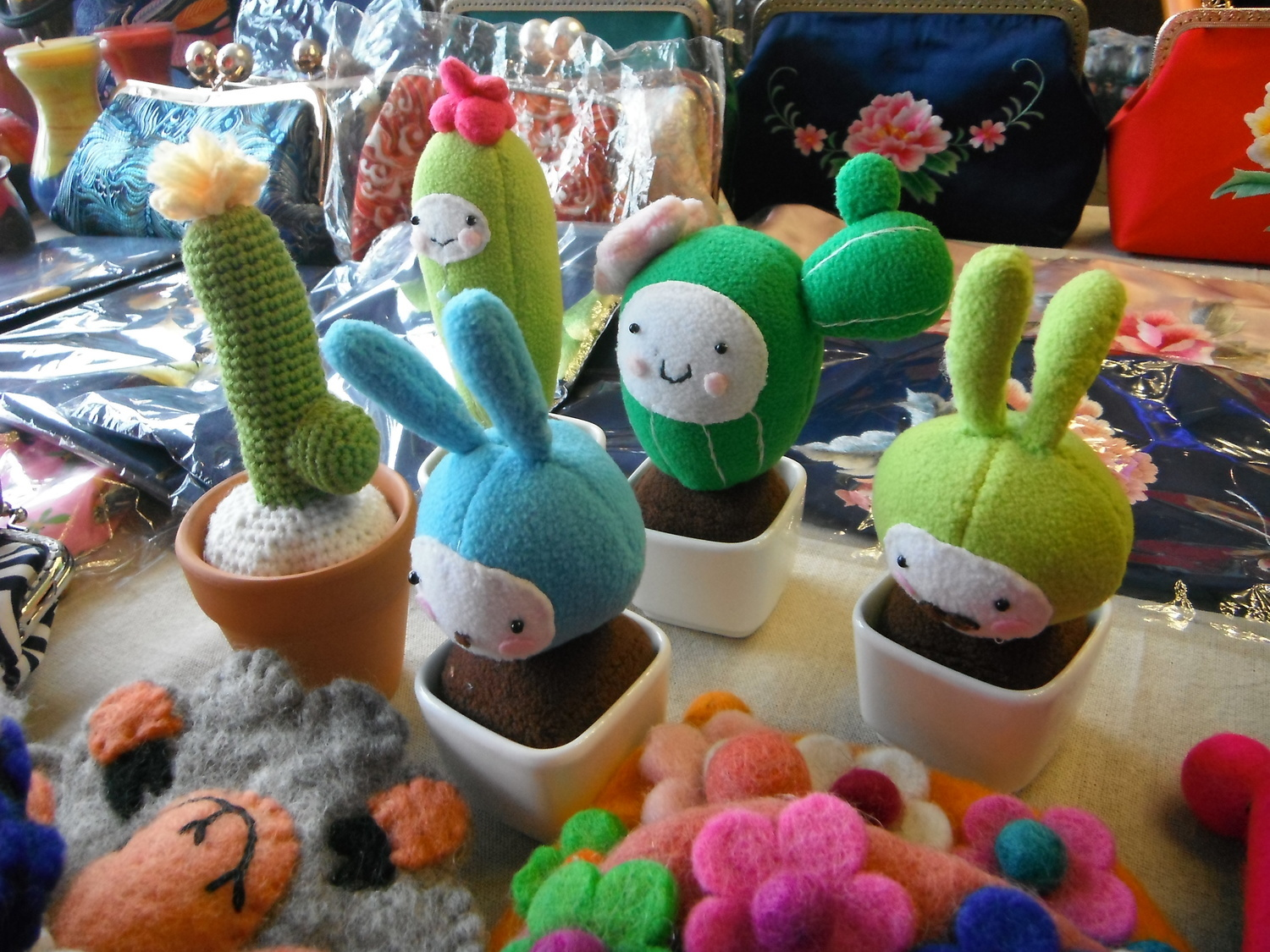 Ms.Li Stuffed Cactus Desk Pals