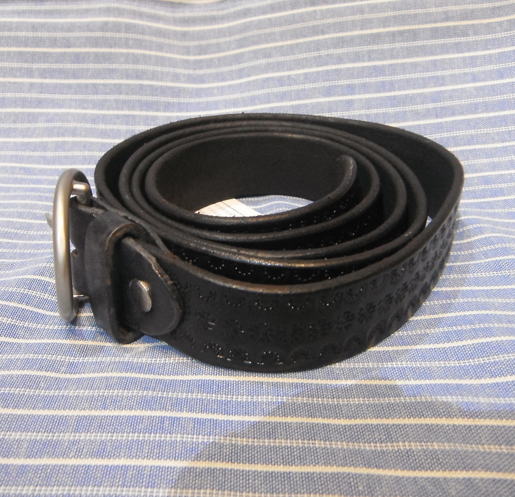 <p>Thanksgiving Narrow Leather Belt&nbsp;</p>