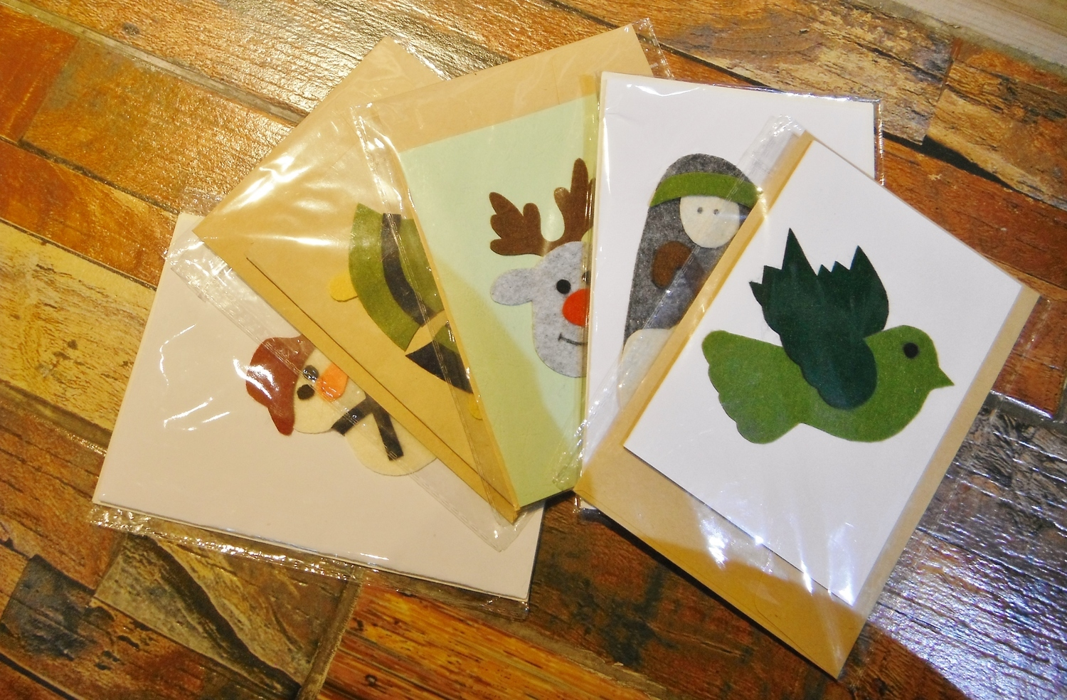 <p>Greetings Cards&nbsp;</p>