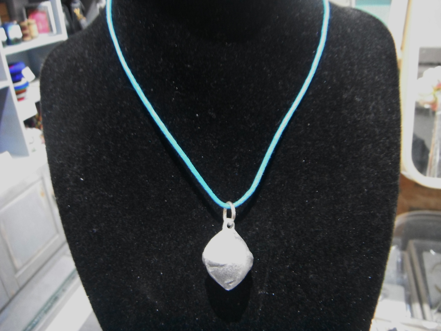 <p>Bomb Necklace</p>