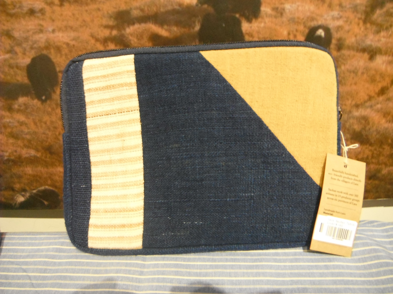 <p>Tablet Cover&nbsp;</p>