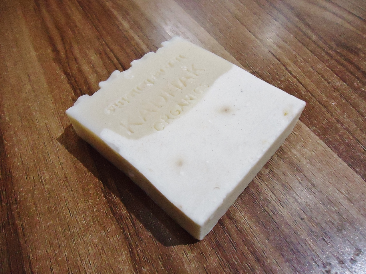 <p>Kadhak Honey and Yak Butter Soap</p>