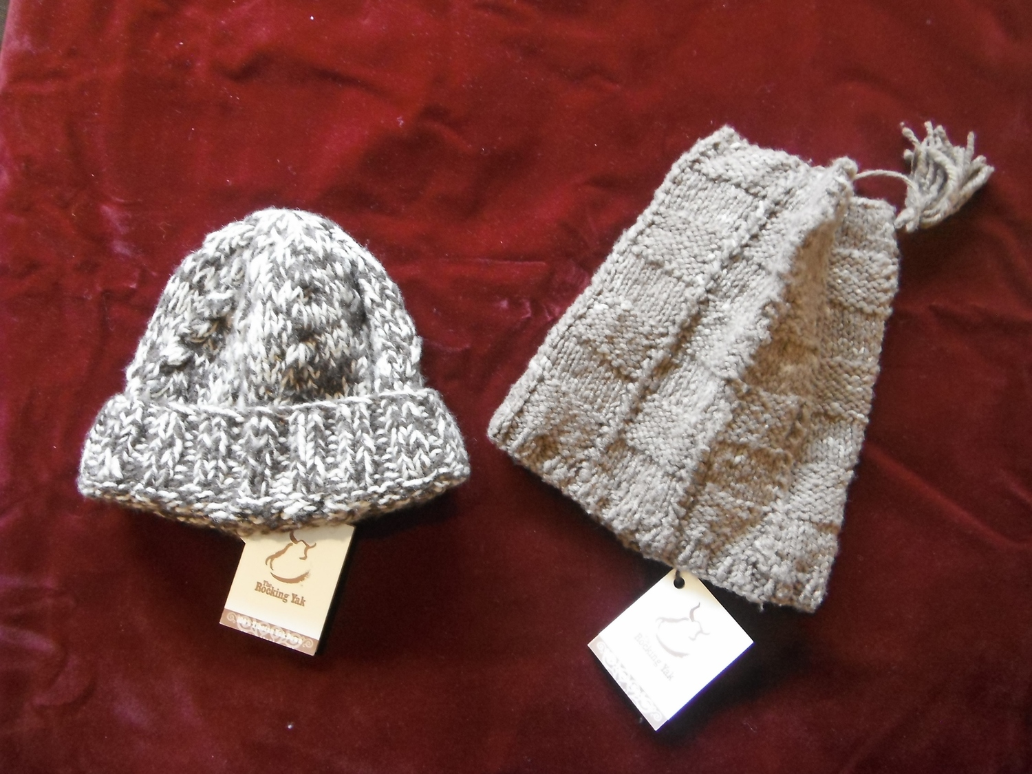 <p>Knitted Yak Wool Hats&nbsp;</p>