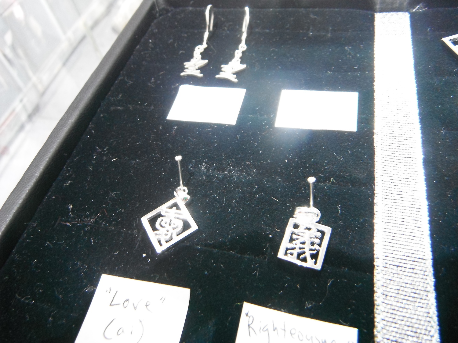 <p>Silver Pendants (small) and Earrings&nbsp;</p>
