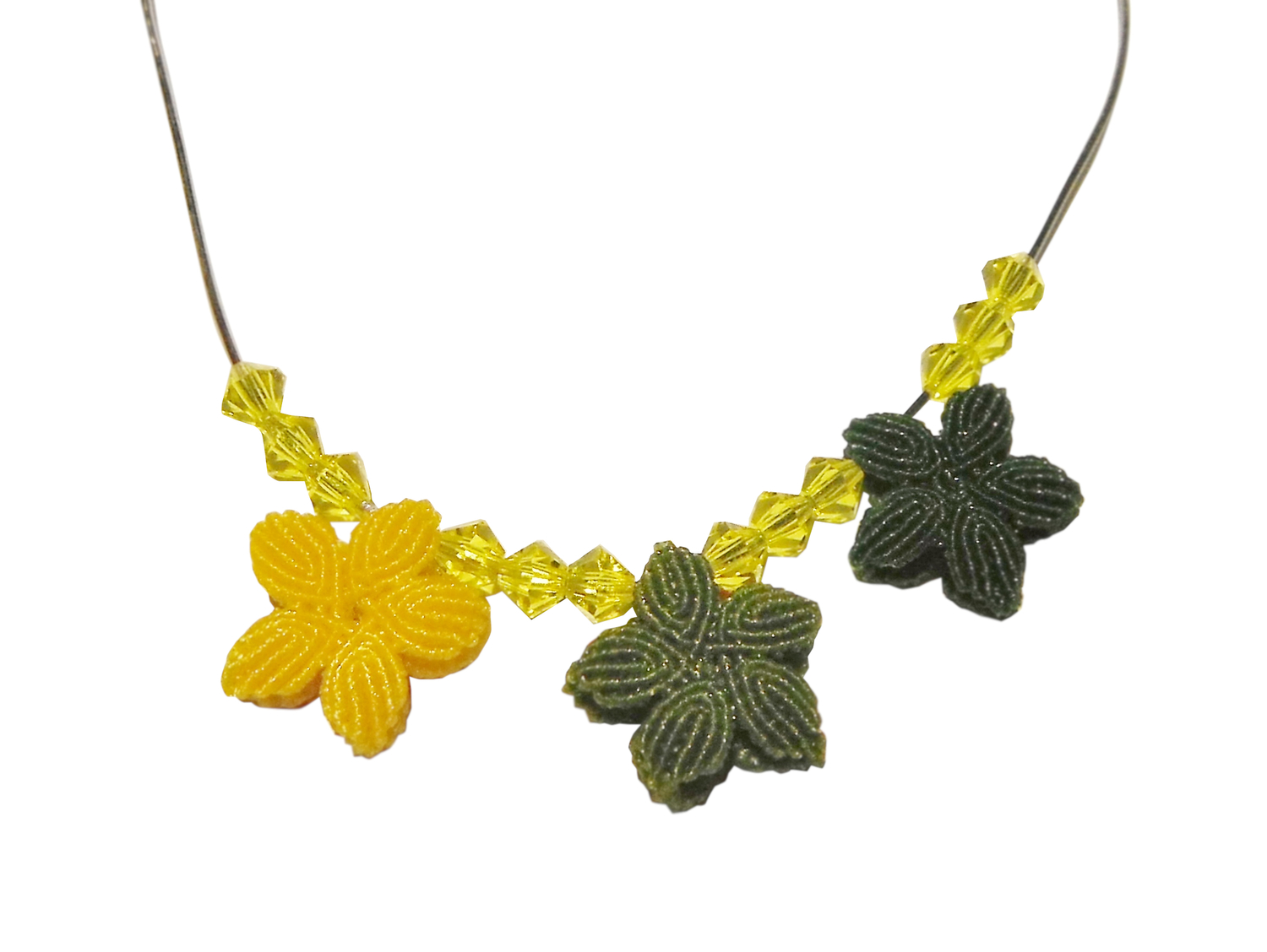 Hand-knotted Flower Necklace