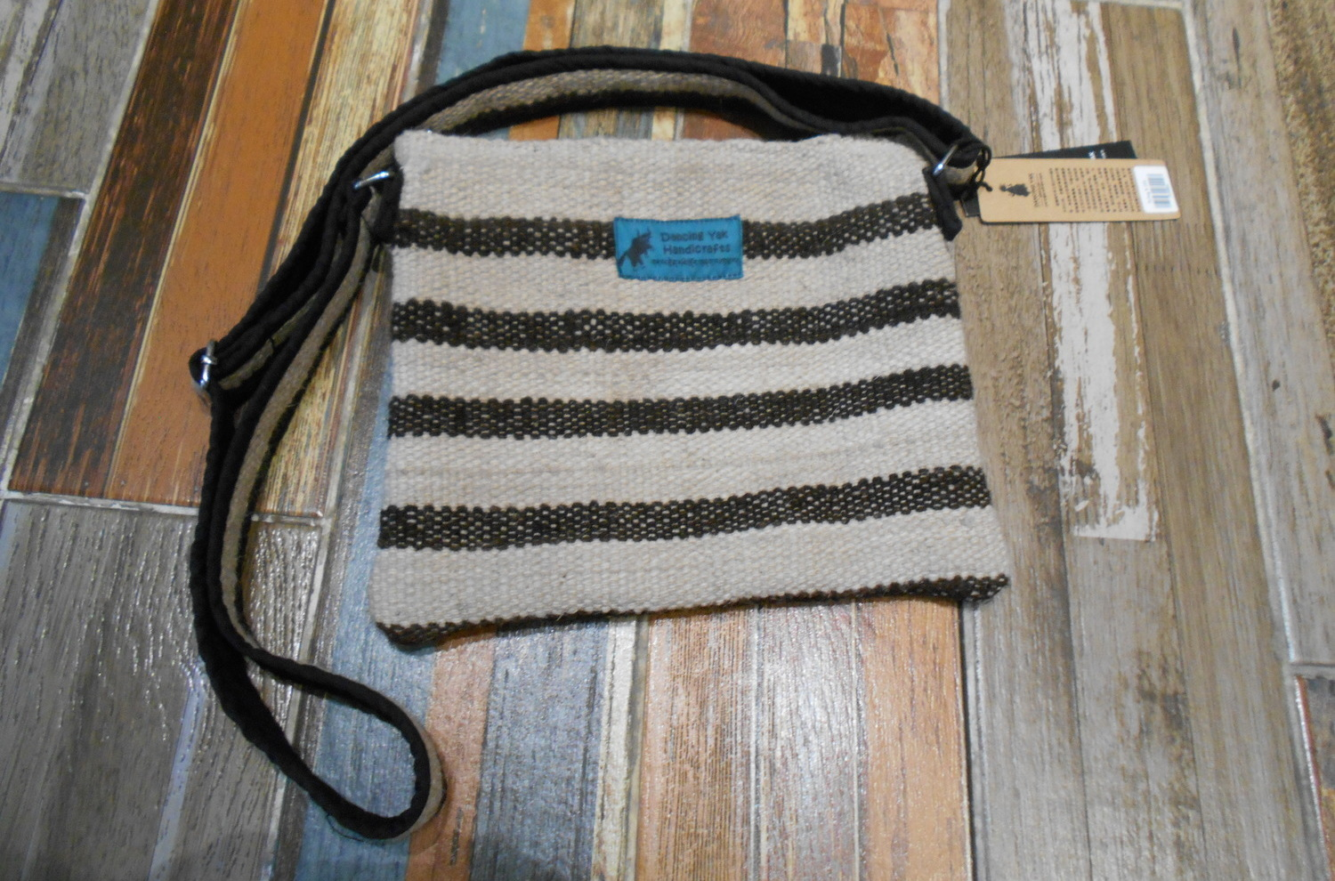 <p>Large Yak Wool Satchel&nbsp;</p>